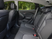 hyundai-ix35-2014-rear-seats-34