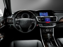Салон Honda Accord 2015 фото