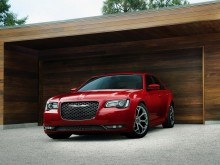 Новый Chrysler 300C 2015-2016 - фото