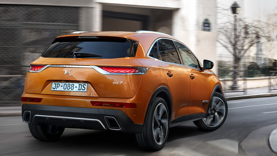 ds-7-crossback-2018-2