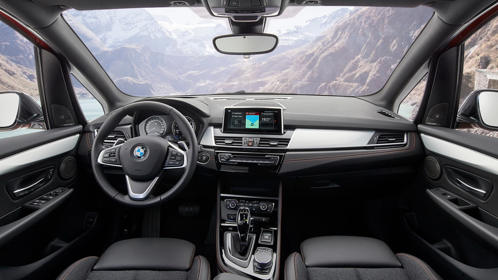 bmw-2-series-active-gran-tourer-2018-6