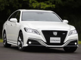 Фото Toyota Crown RS 2018-2019
