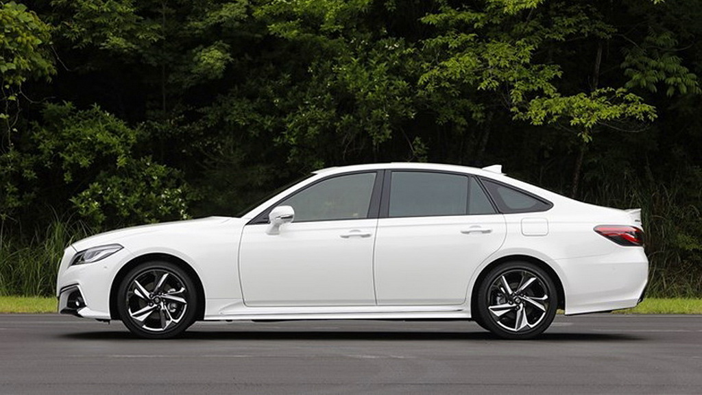 toyota-crown-2019-5