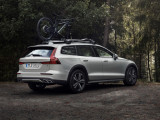 Фото Volvo V60 Cross Country 2019-2020 задняя часть