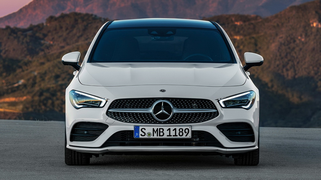 Mercedes CLA Shooting Brake вид спереди