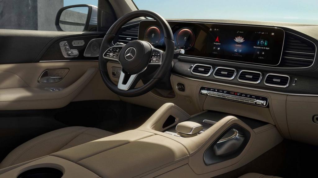 Фото салона Mercedes GLS