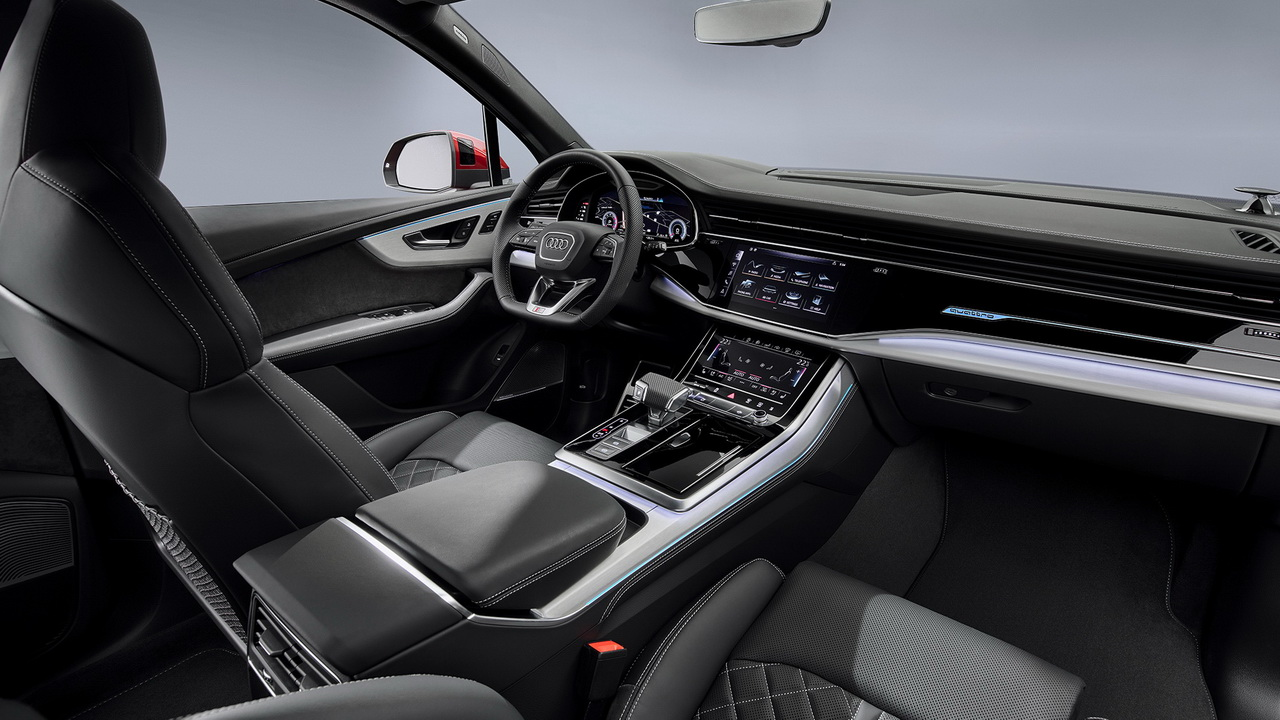 Салон нового Audi Q7 рестайлинг