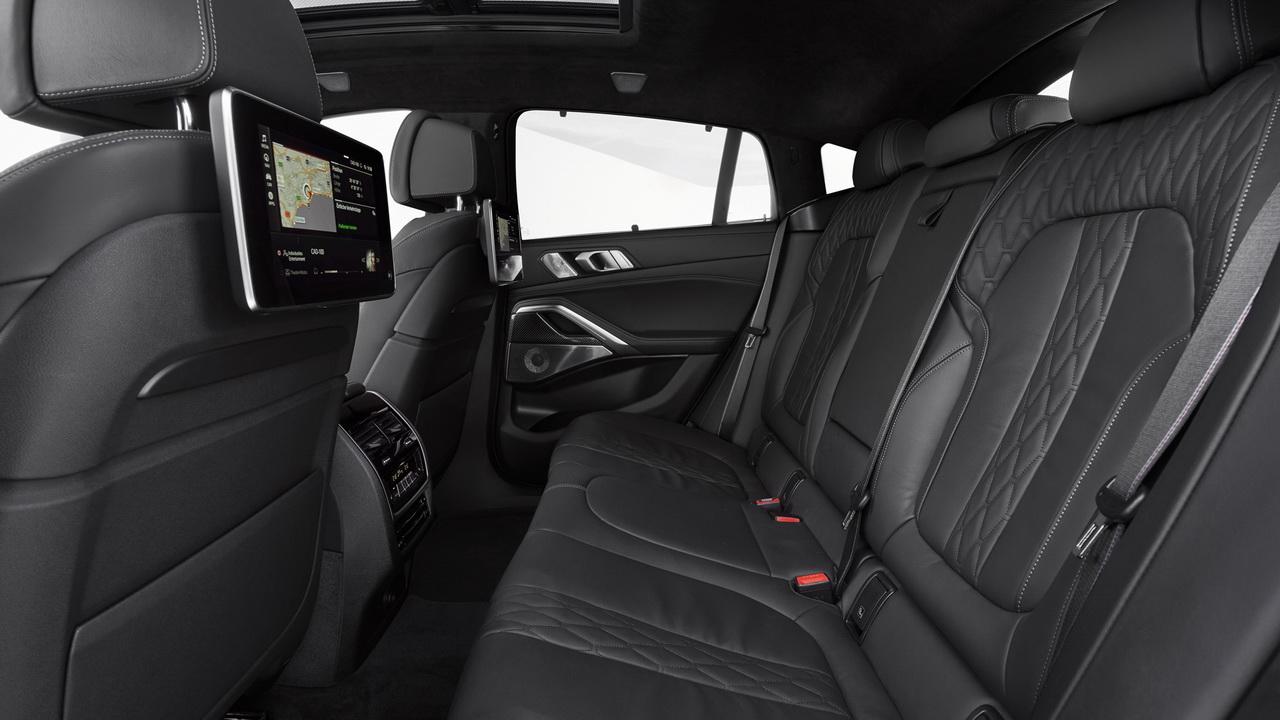 Задние сиденья BMW X6