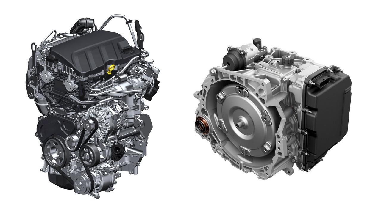 Турбомотор 1.2 литра (слева) и АКПП Hydra-Matic 9T45 (справа)