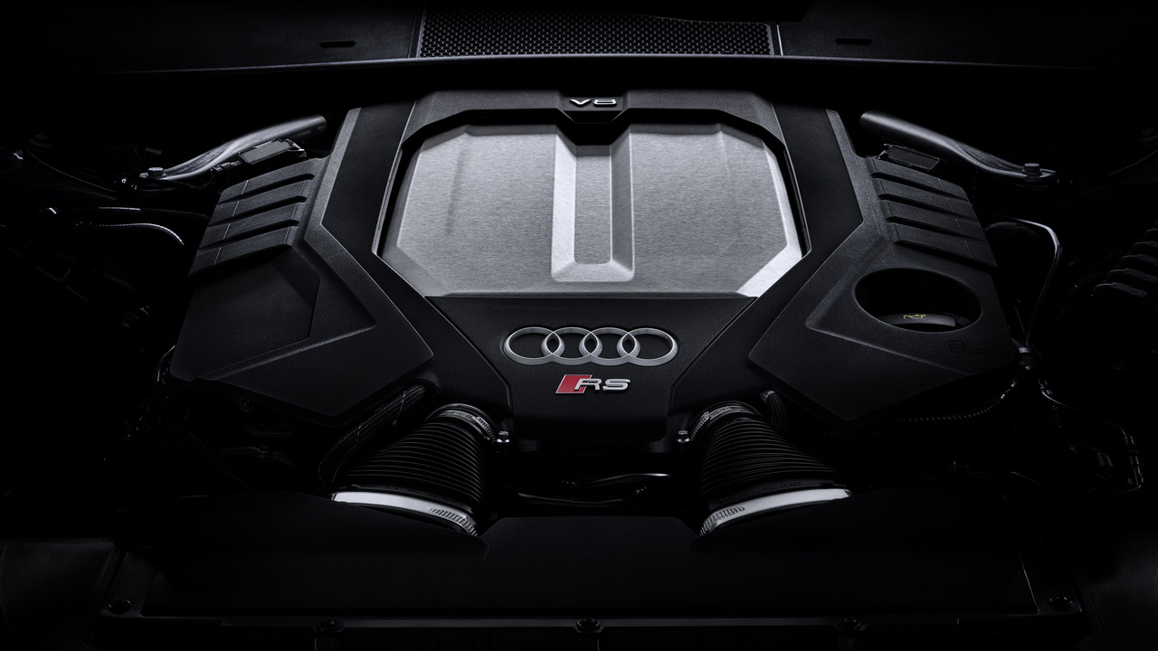 Мотор V8 4.0 TFSI twin-turbo мощностью 600 л.с.