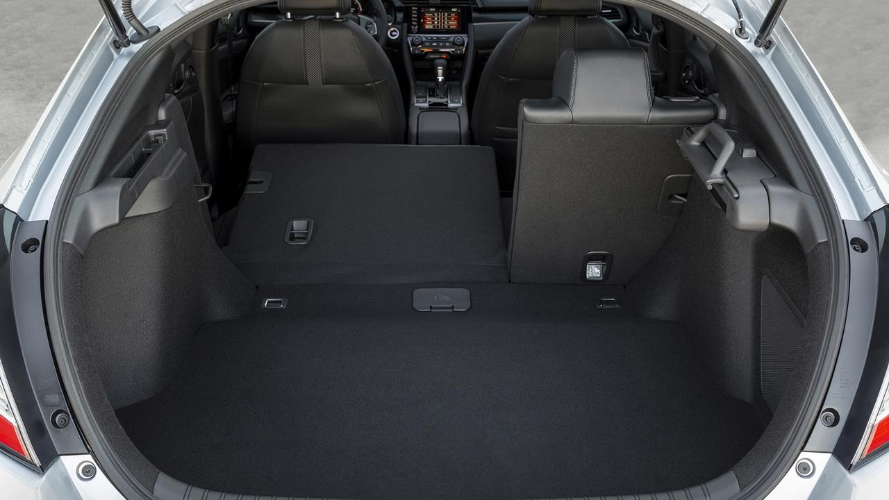 Багажник пятидверного Цивика фото