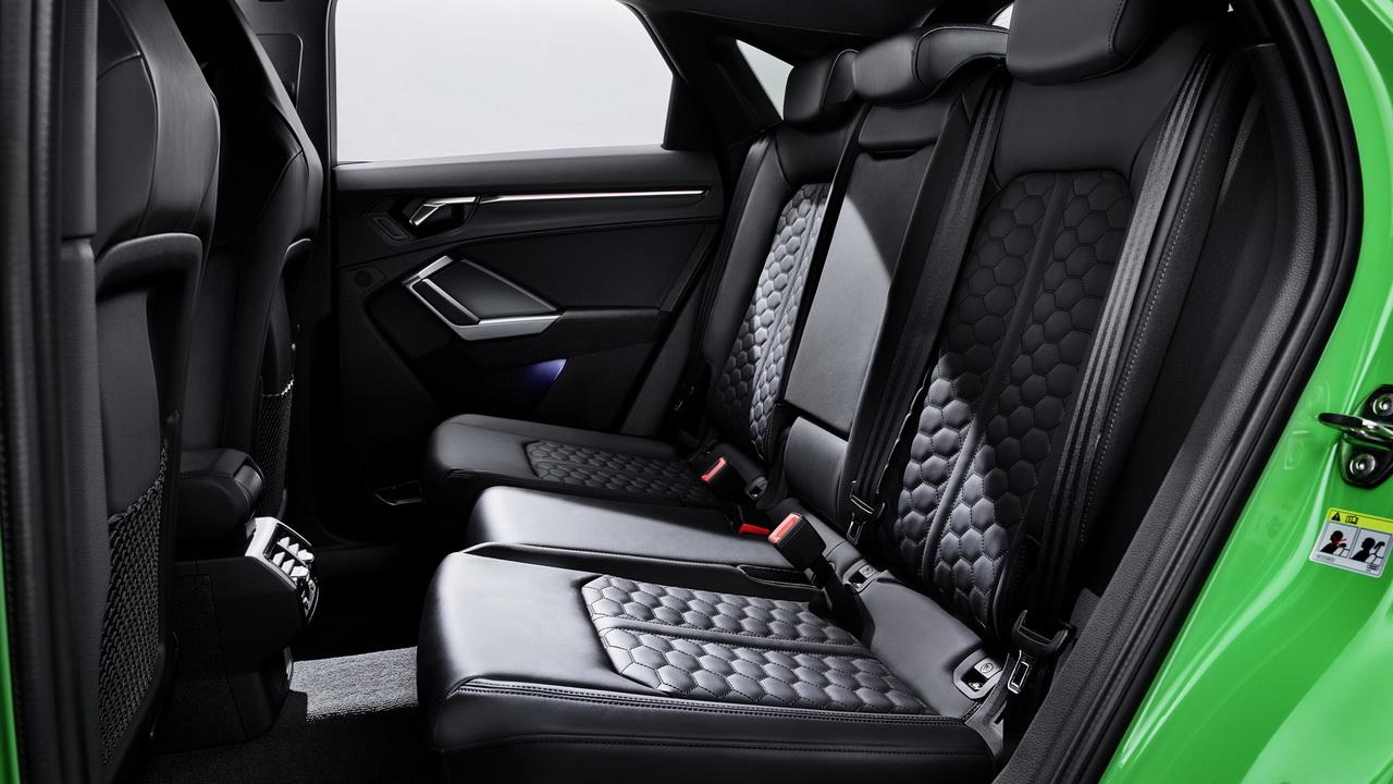 Задние сиденья Audi RS Q3 Sportback