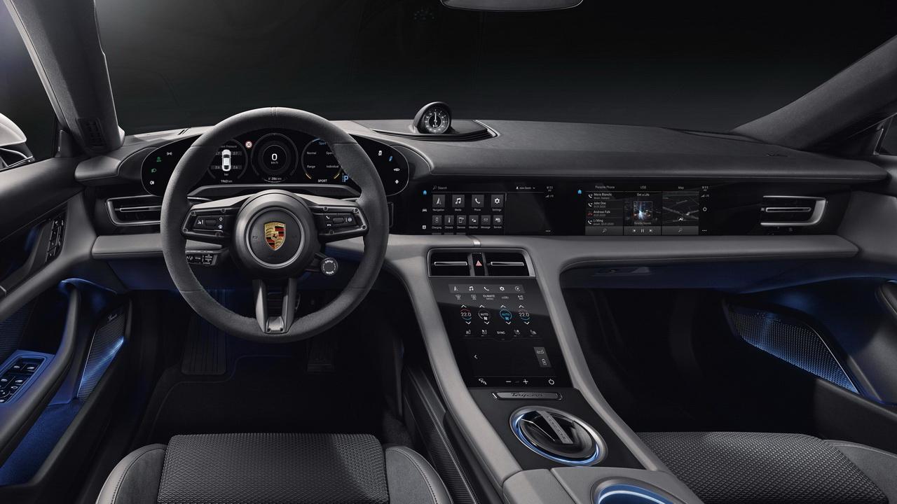 Салон Porsche Taycan фото
