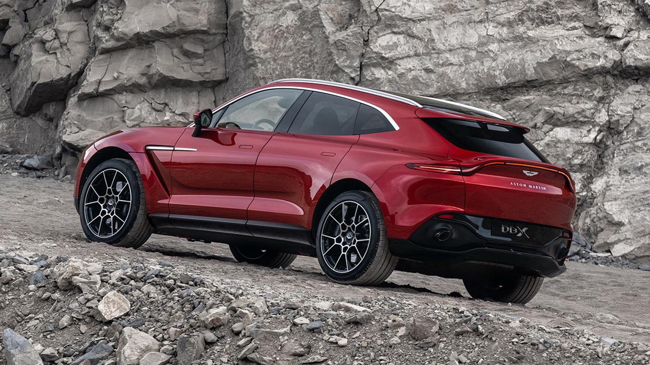 Корма Aston Martin DBX