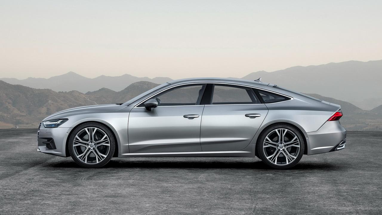 Фото Audi A7 Sportback вид сбоку