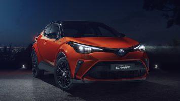 Рестайлинговый Toyota C-HR остался в России без «механики»