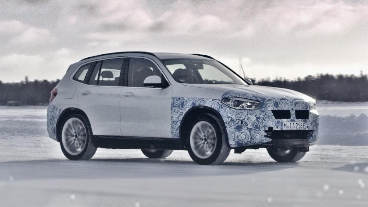 Фото BMW iX3