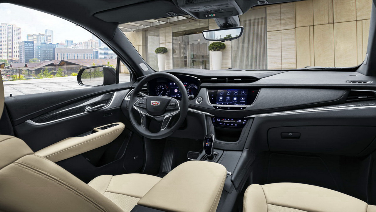 Салон Cadillac XT5 фото