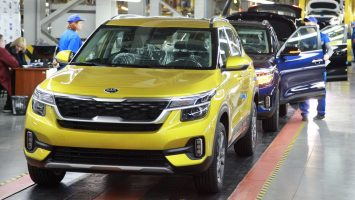 На старте продаж Kia Seltos предложат с двумя моторами