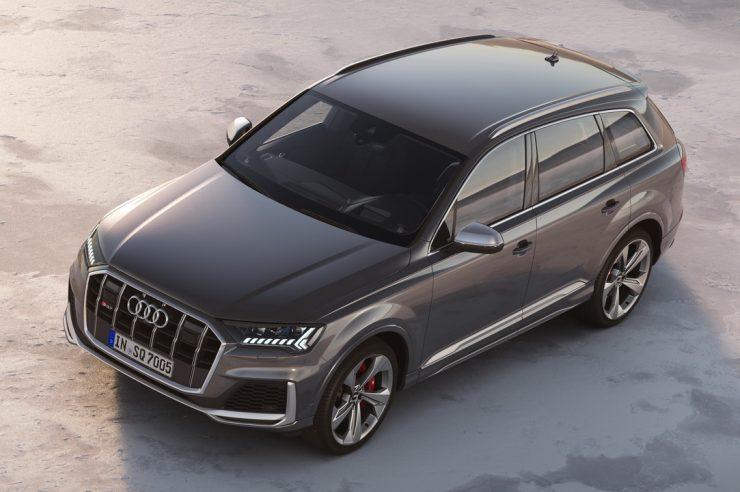 Новый Audi SQ7 TDI: рублевый ценник и начало продаж в России