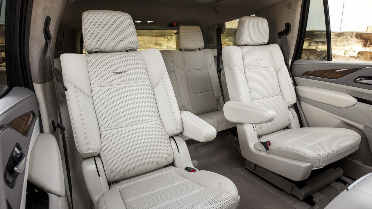 Задние ряды сидений