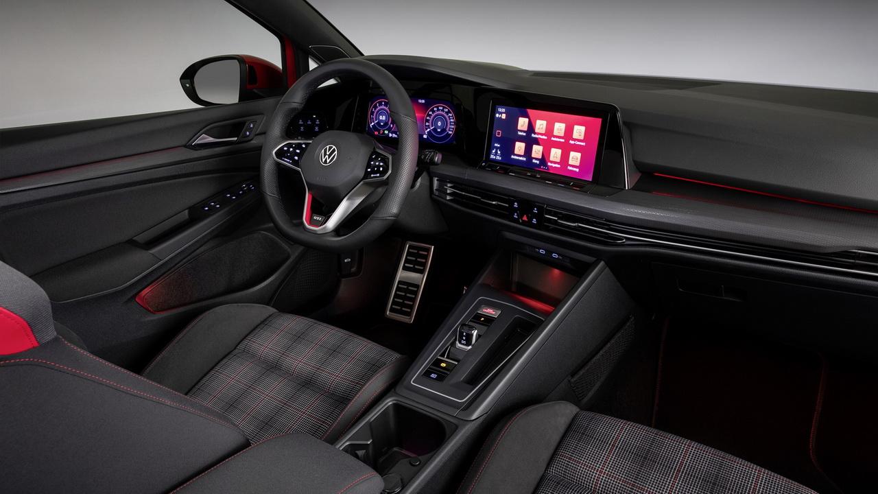 Салон Golf GTI