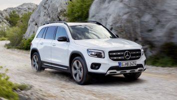 Новые Mercedes GLA и Mercedes GLB: цена в России