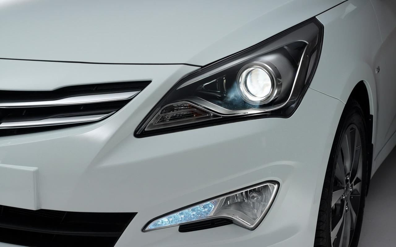 Передние фары Hyundai Solaris
