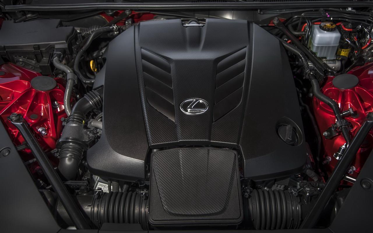 Мотор V8