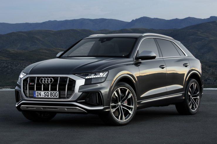 Кроссовер Audi SQ8 предложен в России за 7.1 млн. рублей