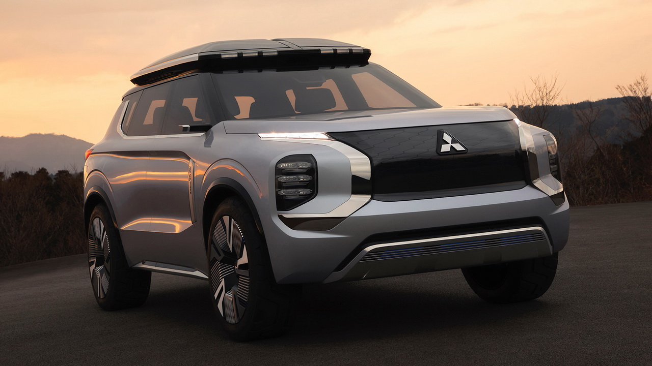 Фото прототипа Mitsubishi Engelberg Tourer