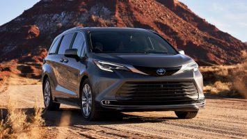 Toyota Sienna 2021: новый дизайн и отказ от обычных ДВС