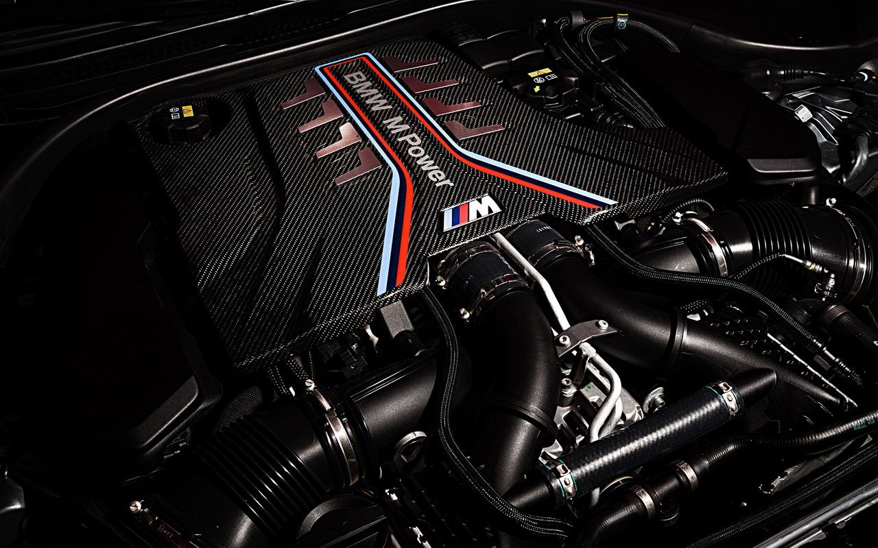 Битурбомотор V8 4.4