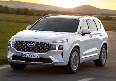 Новый Hyundai Santa Fe в Европе: дизель 2.2 литра и два гибрида