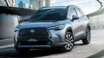 Toyota Corolla Cross 2021: новый паркетник Тойота с салоном Короллы