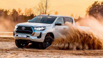 Toyota Hilux 2020: цена и комплектация в России