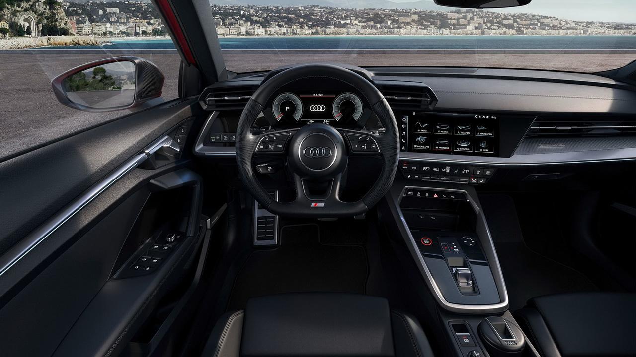Салон нового Audi S3