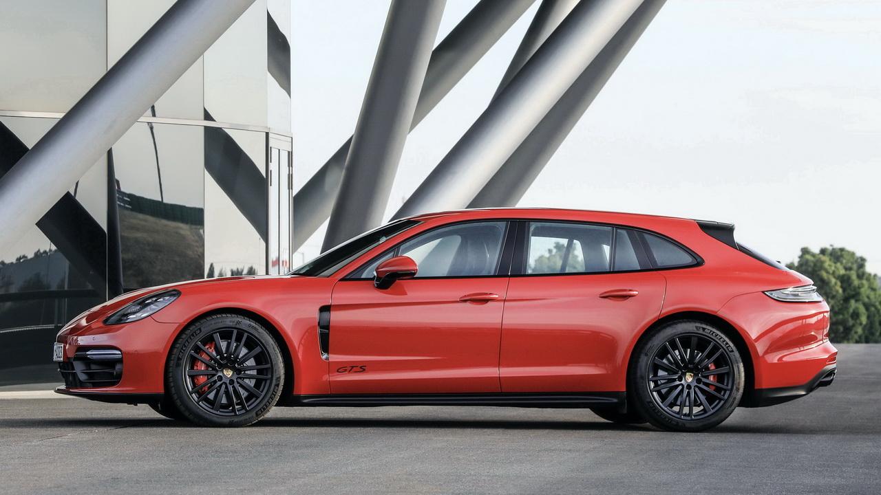 Универсал Porsche GTS Sport Turismo