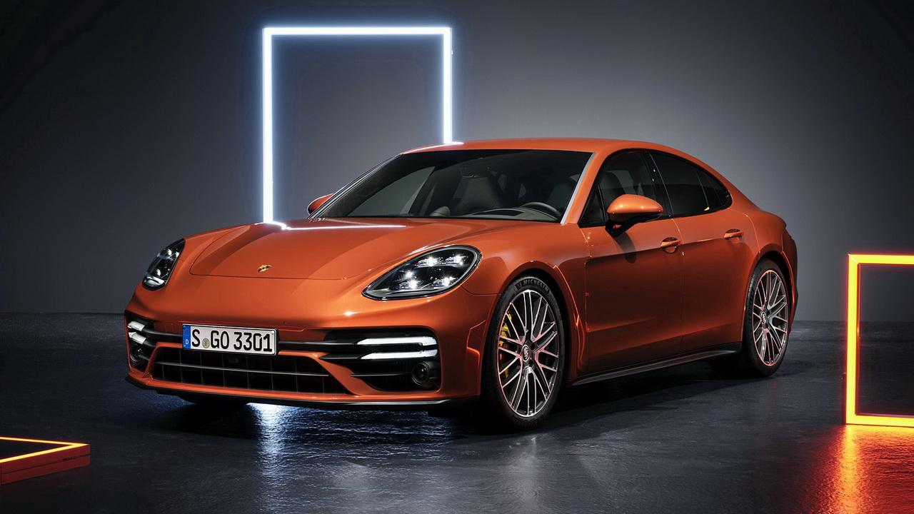 Фото Porsche Panamera Turbo S 2021