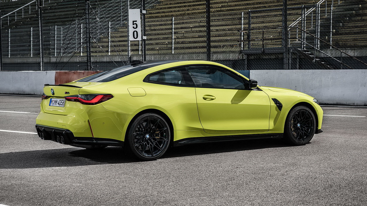 Дизайн кормы BMW M4 Coupe