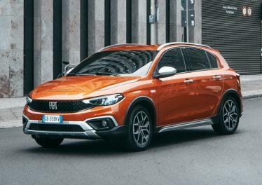Fiat Tipo 2021: рестайлинг модели и новая версия Cross