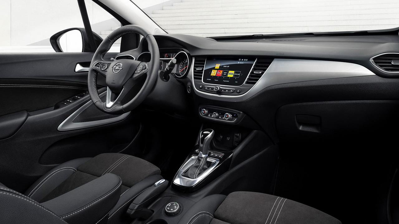 Фото салона Opel Crossland 2021