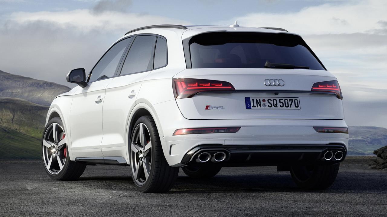 Новый Audi SQ5 TDI дизайн кормы