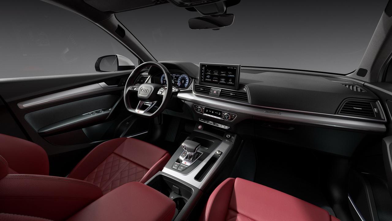 Салон Audi SQ5 TDI фото