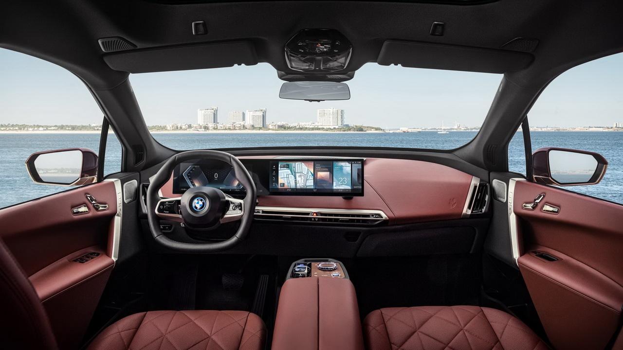 Салон BMW iX 2022 фото 2
