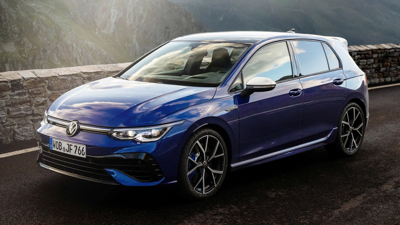 Фото Volkswagen Golf R 2021