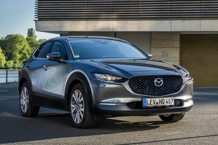 Mazda CX-30 2021: старт продаж и цена в России