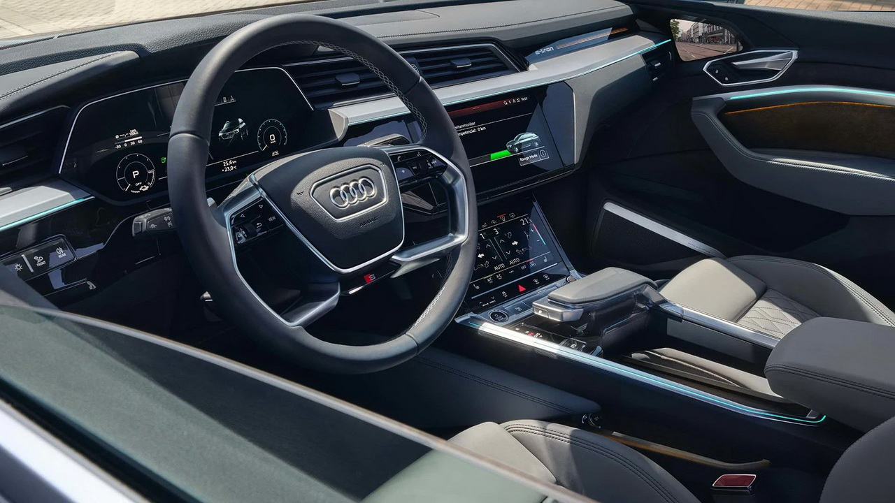 Фото салона Audi e-tron Sportback 2021