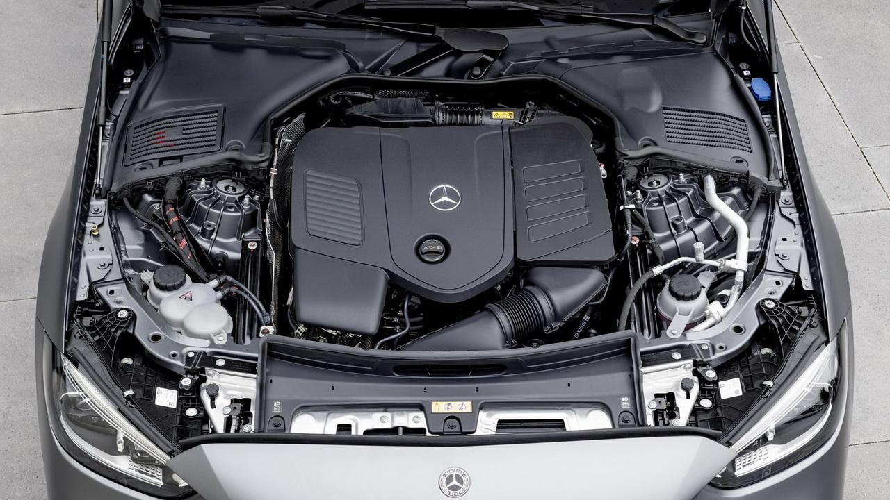 Фото двигателя Mercedes C-Class 2022