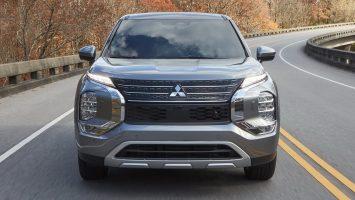 Mitsubishi Outlander 2022: новый дизайн и унификация с Х-Трейлом